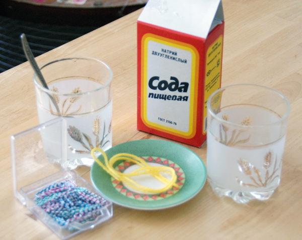 중독의 경우 소다 용액을 마시고 구토를 유도하는 것이 바람직합니다.
